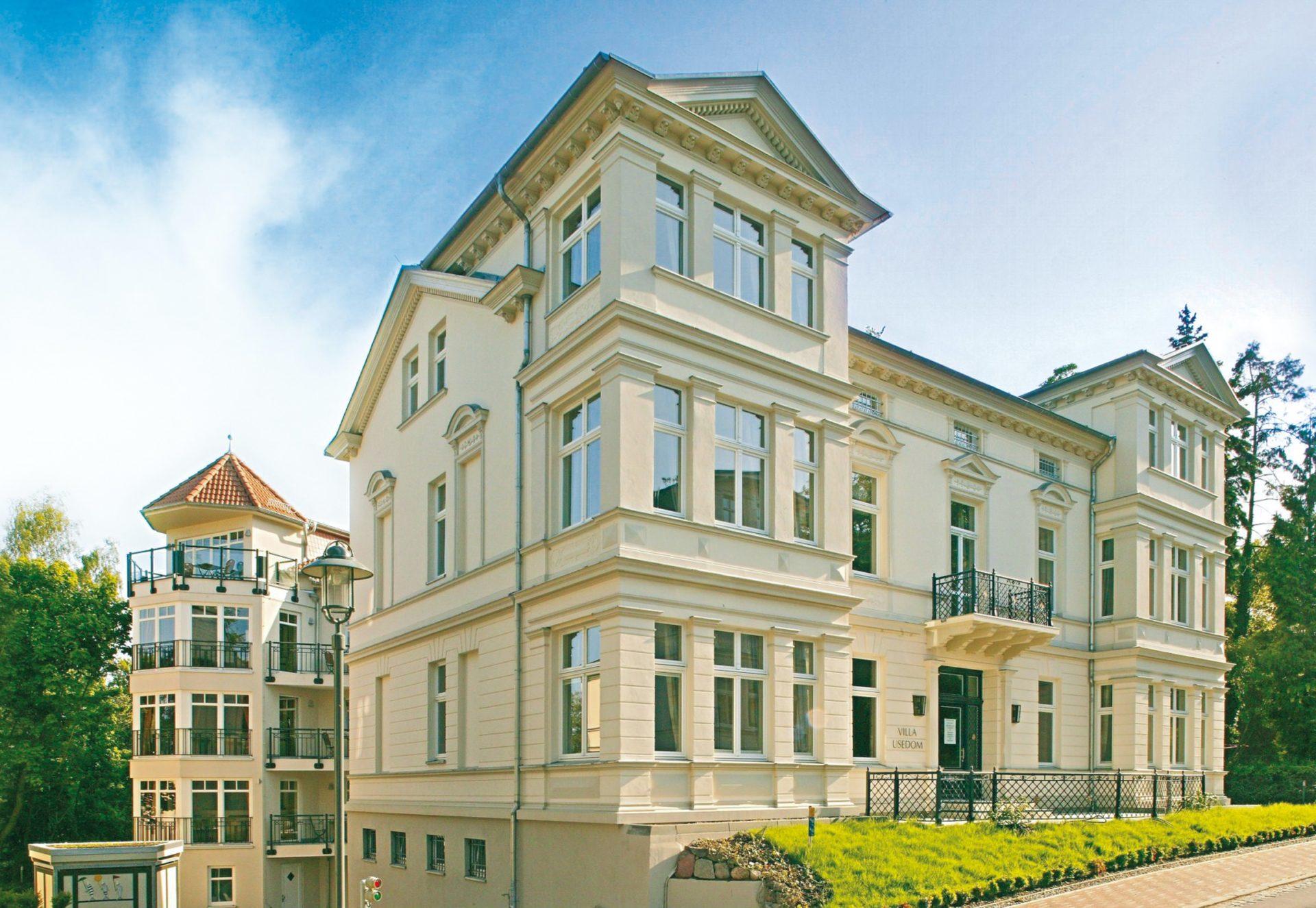 Außenansicht Historische Villa und Neubauresidenz